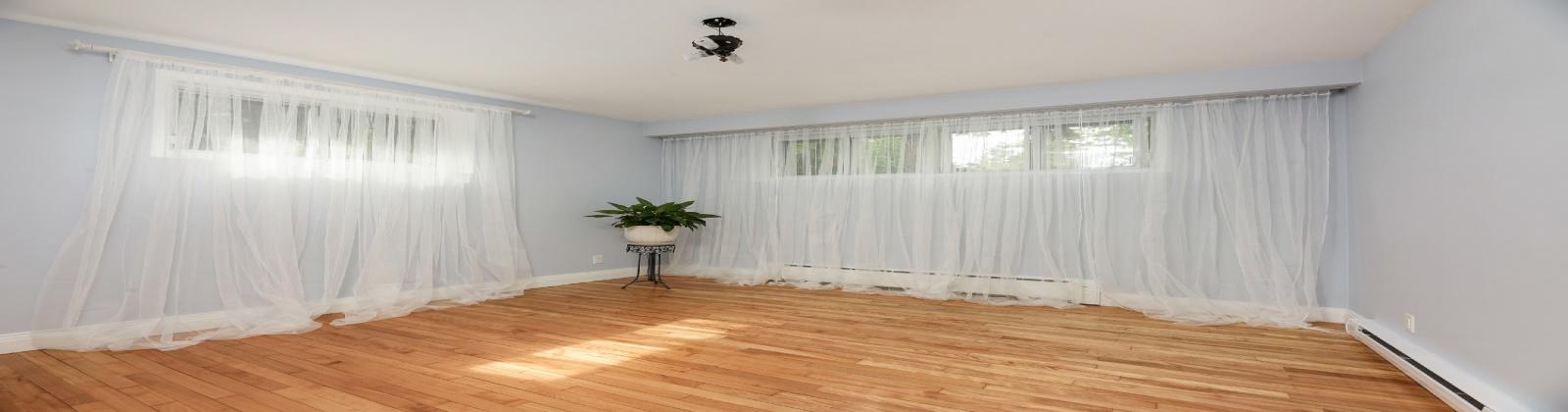 5 Bedrooms Bedrooms, ,3 BathroomsBathrooms,Maison,For Sale,1039